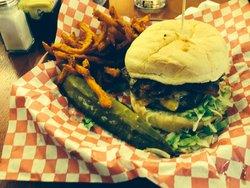 Burgers BBQ & Brews