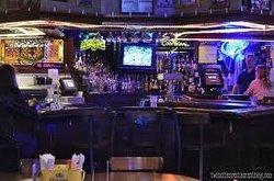 Gulden's 61 Restaurant & Bar