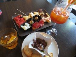 Jado Lunch & Wine