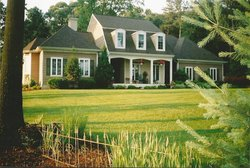 Pine Hollow House Bed & Breakfast