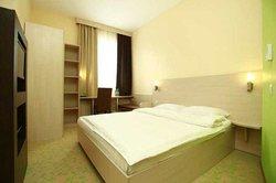 Open City Hotel