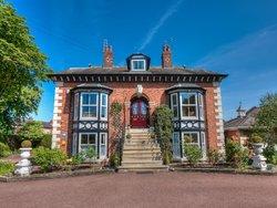 Brooklands Lodge