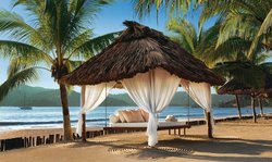 Relax on La Ropa Beach (108140059)