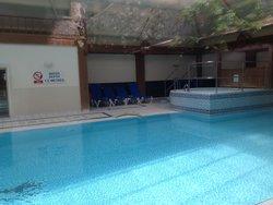 Indoor Swimming Pool (18m)