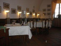 Restavracija Grad Dobrovo
