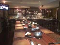 700 Kitchen Cooking School