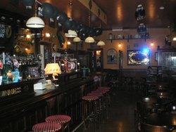 The Eagle House - Original Irish Pub