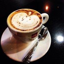 Crema Gourmet Espresso Bar