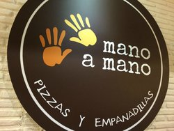 Mano a Mano Pizzeria and Empanadilleria