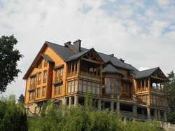 Yanukovych's Private Mansion