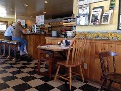Danielle's Sebago Diner