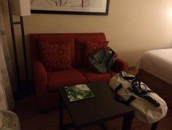 Small sofa/sitting area