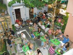 Anafiotika Cafe - Restaurant