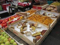 Kaiser-Josef-Platz Market