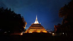 Wat Ratcha Burada Temple