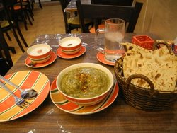 Qavam Cafe & Restaurant