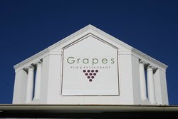 Grapes Pub & Resturant
