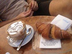 Cafe' et Caffe'