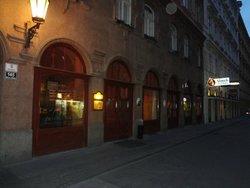 Zelena kocka Dalesicky Pivovarsky Restaurant