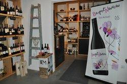 Vino Orenda Wine Shop