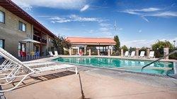 Best Western Plus Lake Front Hotel