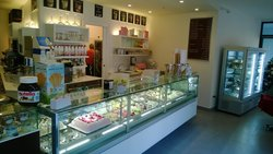 Gelateria Caffetteria Cioccolateria Quadrifoglio Rosa