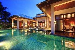 Anantara Sanya Resort