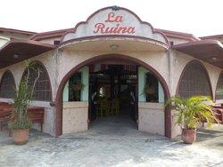 La Ruina Restaurant & Bar