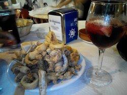 vino tinto e frittura buonissima