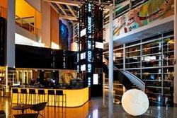 HUB Food Art & Lounge