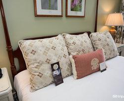 The Luxury King at the Omni Mount Washington Resort