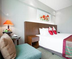 The Deluxe Room at the Ramada Plaza Menam Riverside