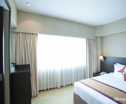 The Deluxe Room with Handicap Accesibility at the Ramada Plaza Menam Riverside
