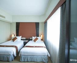 The Royal Thai Deluxe Suite at the Ramada Plaza Menam Riverside
