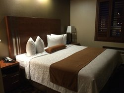 Redwater Inn & Suites