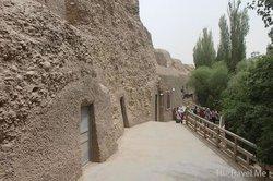 Xiqian Buddha Caves