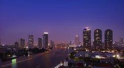 察殿曼谷河畔酒店