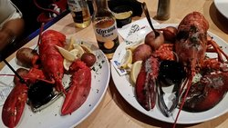 1lb Lobster  and mine is 2 1/2 Lbs Large Lobster.. it's so good with Corona..