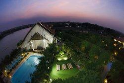 Song Hong Resort