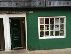 Morton's Cafe