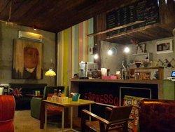 Inwa Cafe