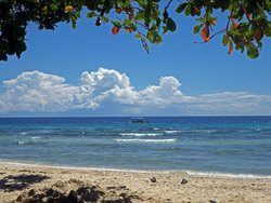 Hapitanan Beach