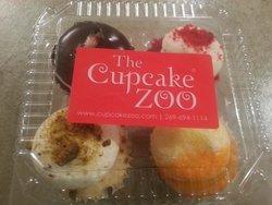 Cupcake Zoo Walk-In Bakery