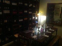 Ernie's Wine Bar