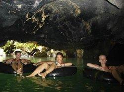 Tham Nam (Water cave)
