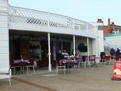 Hughie's Cafe