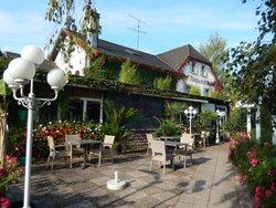 La Roseraie Biebler Hotel-Restaurant
