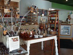 Lindsay's Emerald Store & Confections