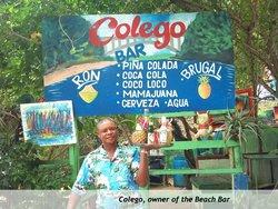 Colego Beach Bar - Playa Cayacoa