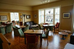 The Corner House Hotel – Cafe Lounge Bar